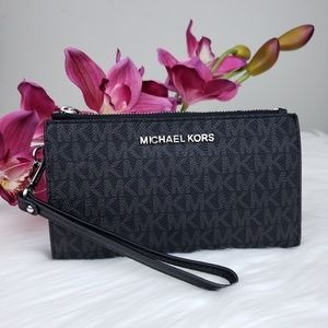 🌺NWT Michael Kors double zip wristlet wallet MK